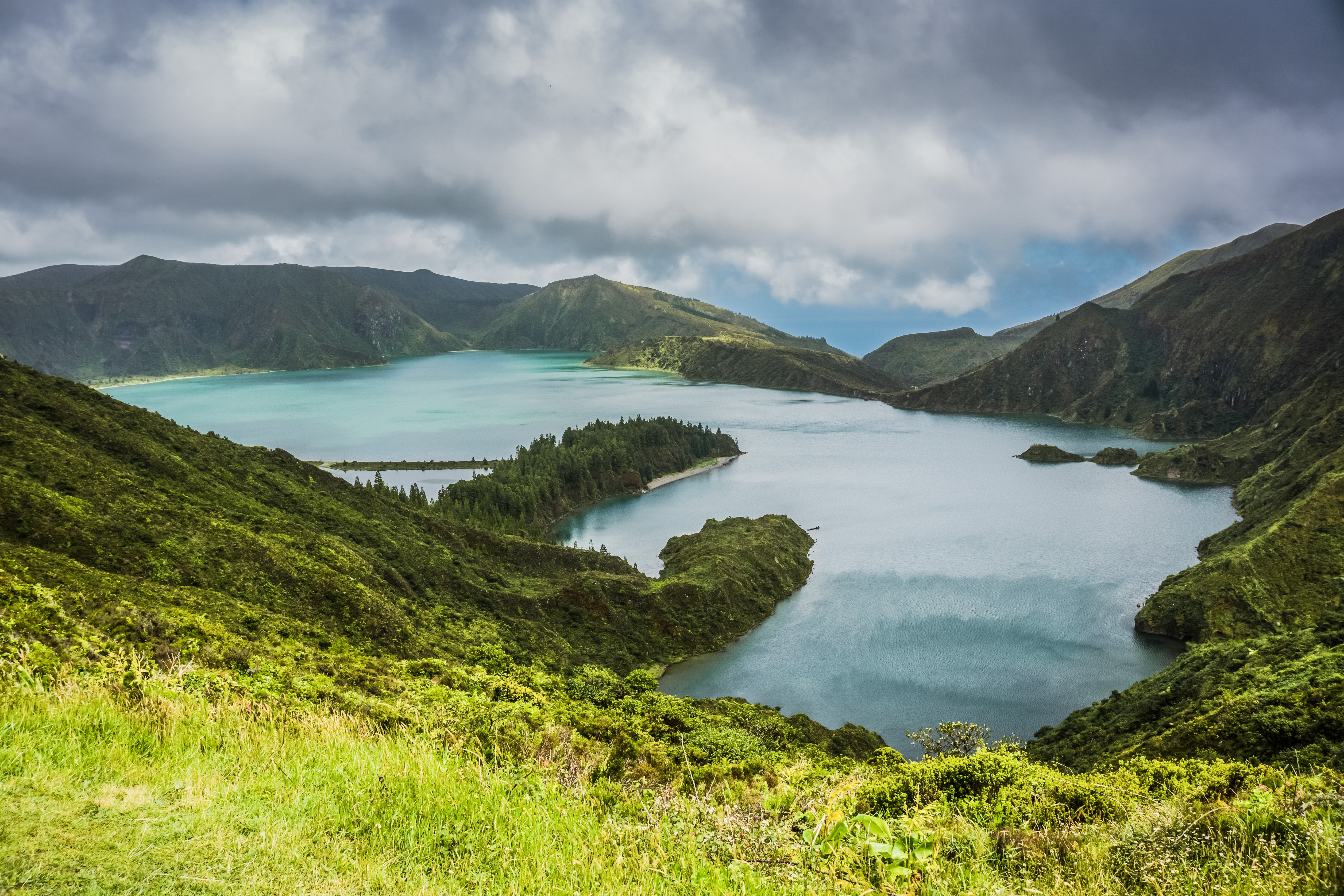 Lagoa do Fogo (Lake of Fire) on a cloudy day on Sao Miguel Island, Azores, Portugal.